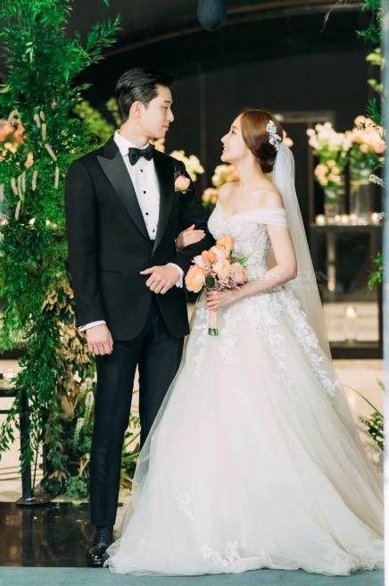 Lộ ảnh cưới tuyệt đẹp trong hôn lễ ngọt ngào viên mãn của cặp đôi chính trong Thư ký Kim-8