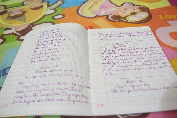 Có con gái là cô bé chim cánh cụt, bố mẹ rơi nước mắt nhìn con tập viết, tập đi-4