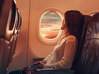 Điều gì xảy ra khi hành khách chết trên khoang, chất thải có bị đổ giữa không trung hay loạt thắc mắc xoay quanh mỗi chuyến bay