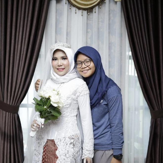 Hôn phu gặp nạn trên chuyến bay Lion Air, cô dâu vẫn tổ chức đám cưới một mình vì lời nhắn trước khi anh đi-4