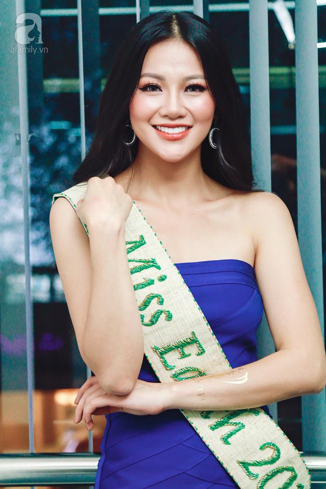 Hoa hậu Trái đất Phương Khánh: Giải thưởng mà mua được thì 87 nước khác mua trước rồi, làm gì tới lượt tôi-1