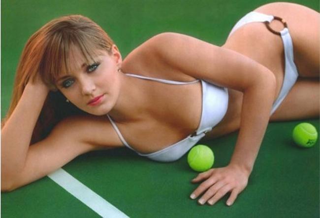 Nữ tay vợt tennis tuyệt đẹp bị cướp trói: Sự nghiệp tụt dốc-8