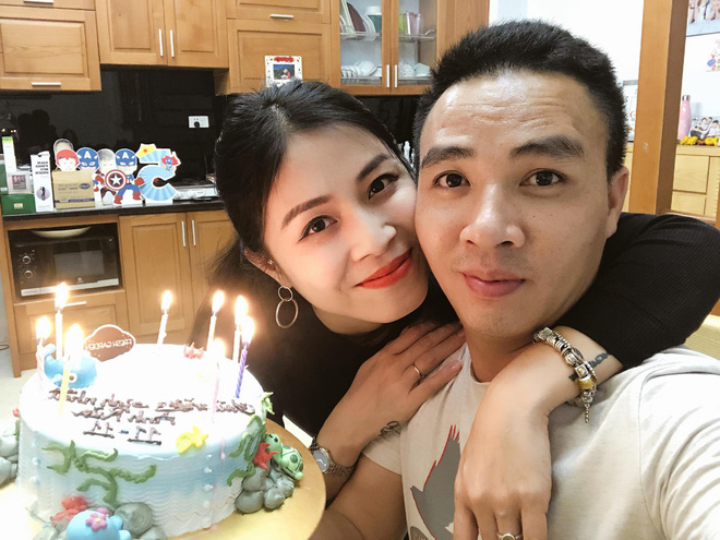 Trước khi công bố chia tay, MC Hoàng Linh vẫn liên tục cập nhật hình ảnh hạnh phúc với hôn phu lên Facebook-3