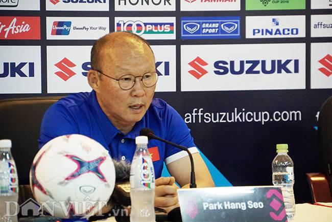 HLV Park Hang seo nghi đồng nghiệp Malaysia chém gió-1