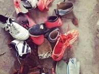 Chặt hết giày vì chồng ham đá bóng rồi khoe lên mạng, người vợ nhận đủ chỉ trích