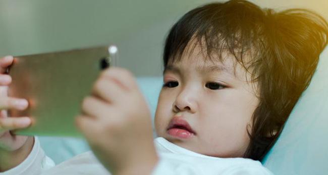 Có 2 hành vi của cha mẹ khiến trẻ chậm nói, cần phải sửa ngay không hối chẳng kịp-2