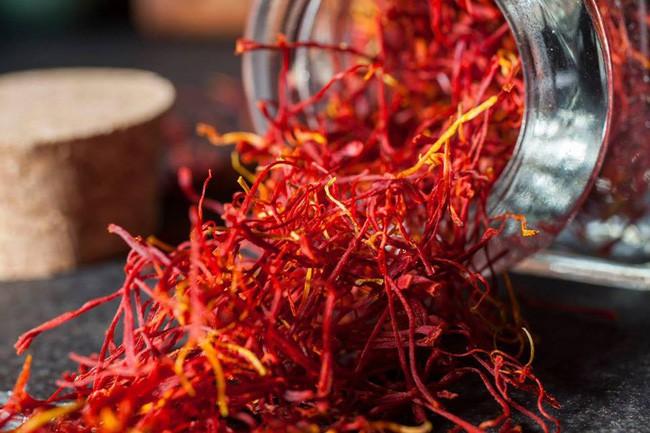 Bí mật thú vị của saffron - gia vị đắt nhất thế giới gần 1 tỷ/kg từng được Nữ hoàng Ai Cập dùng dưỡng nhan-7