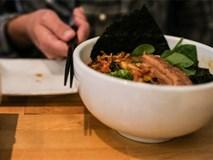 Trong bữa ăn phải tuyệt đối kiêng 8 điều này để tránh mang xúi quẩy về cho gia đình