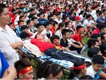 Trước trận Việt Nam - Malaysia, xuất hiện một hình ảnh khiến người ta phải