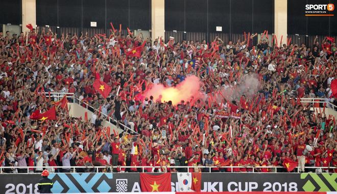Cổ động viên Myanmar thỉnh cầu fan Việt Nam đừng mang pháo sáng đến sân-1