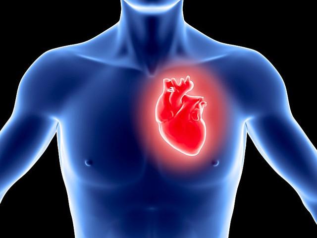 Người phụ nữ 42 tuổi bị nhồi máu cơ tim suýt mất mạng chỉ vì cùng con làm bài tập về nhà-2