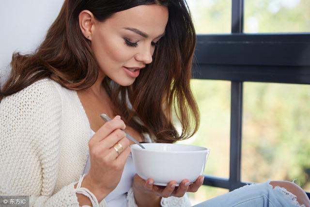 4 lời khuyên về cách ăn uống có thể giúp bạn sống xuyên thế kỷ: Ai cũng nên áp dụng sớm!-2