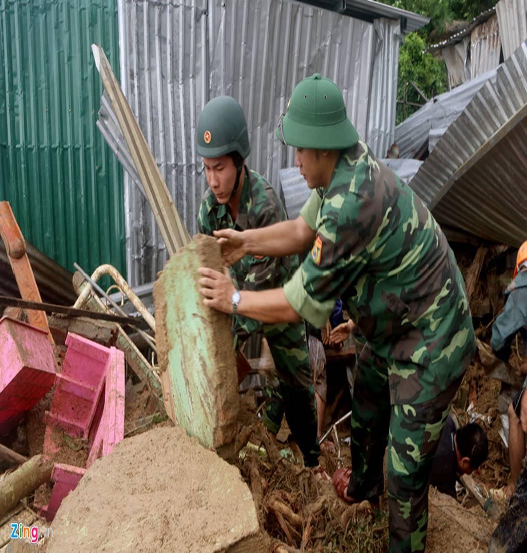 Hiện trường lũ cuốn, sạt lở làm 12 người tử vong ở Nha Trang-8