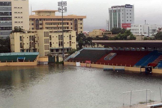 Khánh Hòa: Sạt lở, ngập lụt khắp nơi, đường vào sân bay tê liệt-12
