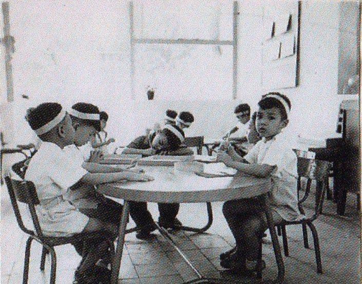 Lớp mẫu giáo canh tân đầu tiên ở Hà Nội cách đây hơn 70 năm-3
