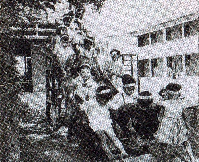 Lớp mẫu giáo canh tân đầu tiên ở Hà Nội cách đây hơn 70 năm-1