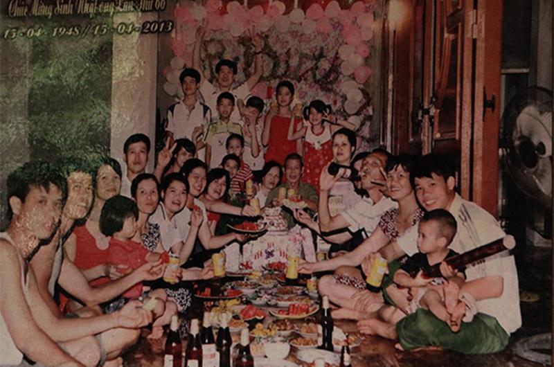 4 gia đình con đàn cháu đống đông nhất Việt Nam, riêng vua đẻ có tới 2 vợ, 21 con-3
