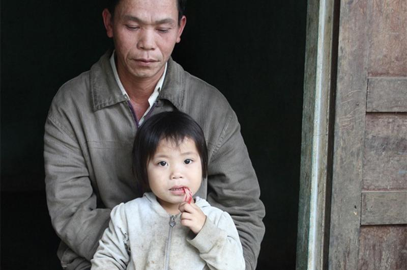 4 gia đình con đàn cháu đống đông nhất Việt Nam, riêng vua đẻ có tới 2 vợ, 21 con-9