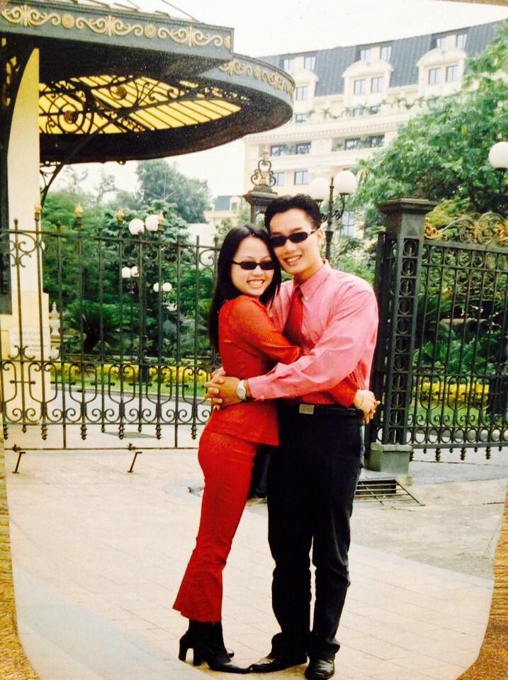 Sau 15 năm kết hôn, MC đình đám của VTV mới khoe ảnh cận mặt vợ, nhan sắc cô ấy khiến ai nấy bất ngờ-6