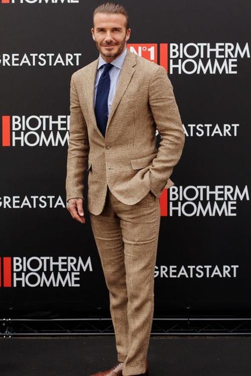 Trước khi mặc đẹp nhất thế giới, Beckham từng lao đao vì mặc thảm họa-1