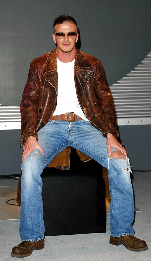 Trước khi mặc đẹp nhất thế giới, Beckham từng lao đao vì mặc thảm họa-5