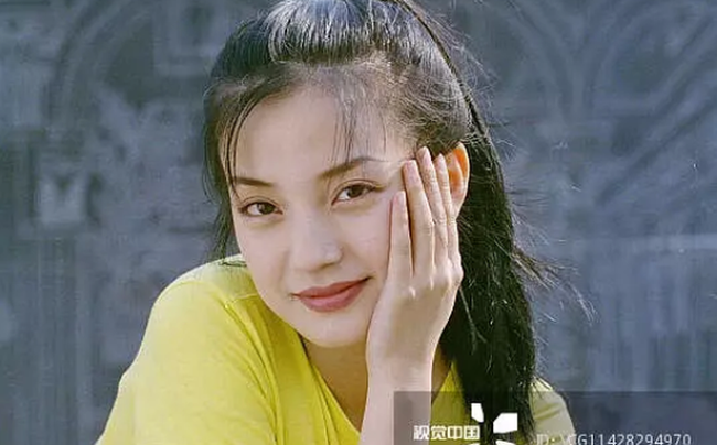 Cách đây 20 năm, vì người đàn ông này mà Triệu Vy quyết định cự tuyệt tình cảm của Huỳnh Hiểu Minh-3