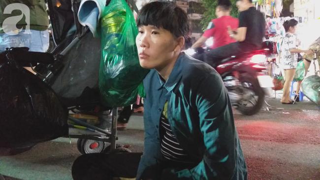 Bé gái 1 tháng tuổi phải đắp chăn nằm vỉa hè chợ Đồng Xuân: Gia đình muốn đón nhưng người mẹ đều bỏ trốn-5