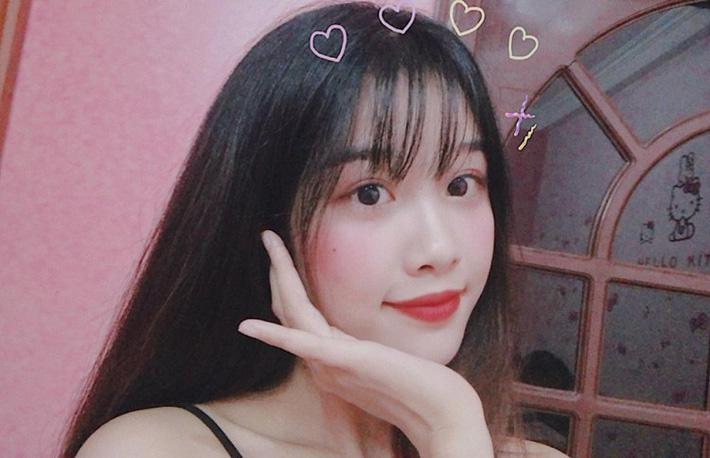 Bạn gái xinh như thiên thần của Văn Toàn khiến hội chị em buồn lòng-1