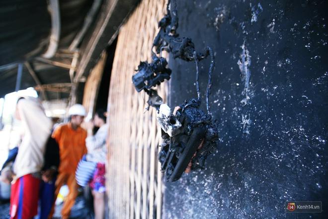 Hiện trường đổ nát sau vụ cháy kinh hoàng ở Bình Phước khiến 6 người tử vong, trong đó có 2 trẻ nhỏ-8