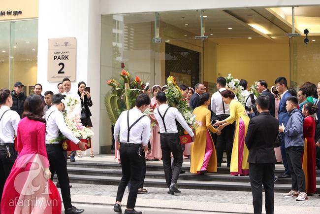 Cuối cùng chú rể của Á hậu Thanh Tú lộ diện, hóa ra lại là đại gia quen mặt đình đám trong giới doanh nhân Việt Nam-12