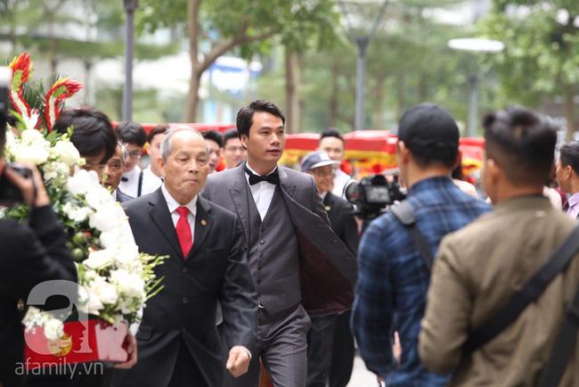 Cuối cùng chú rể của Á hậu Thanh Tú lộ diện, hóa ra lại là đại gia quen mặt đình đám trong giới doanh nhân Việt Nam-3