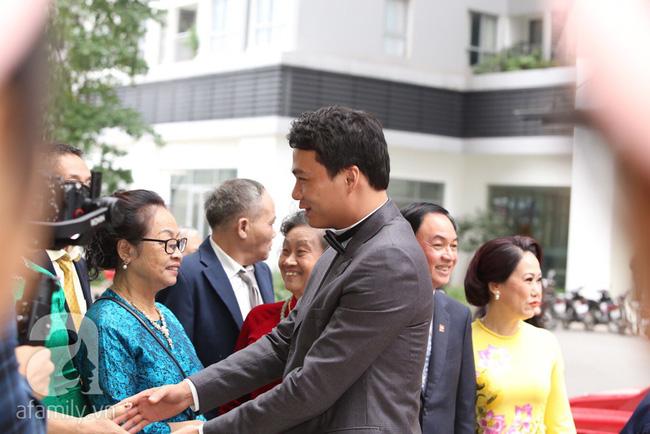 Cuối cùng chú rể của Á hậu Thanh Tú lộ diện, hóa ra lại là đại gia quen mặt đình đám trong giới doanh nhân Việt Nam-5