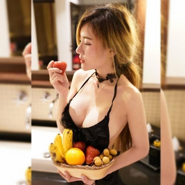 Nữ tú Thái Lan thi nhau khoe bảo bối dáng đẹp khi nấu bếp-3