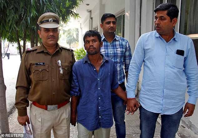 Ấn Độ: Bắt kẻ biến thái cưỡng bức và sát hại hàng loạt bé gái, ít nhất đã có 9 nạn nhân đã thiệt mạng-1