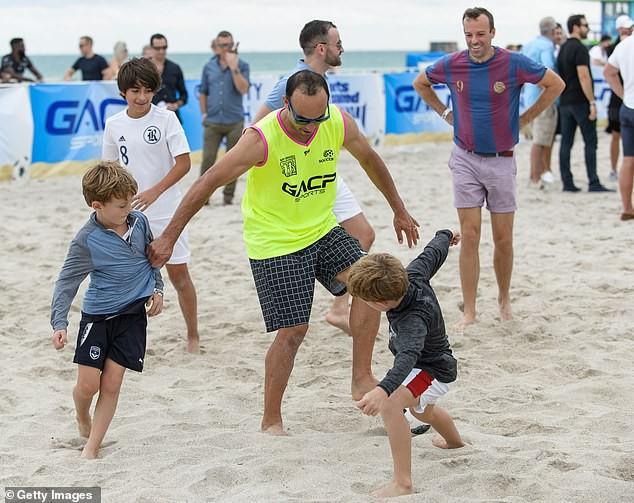 Mỹ nhân làng tennis trổ tài chơi bóng đá, thắng cả cựu sao Ngoại hạng Anh-5
