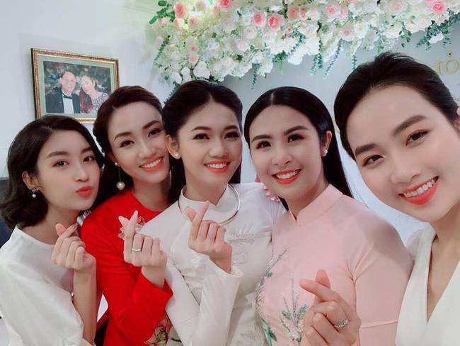 Lần đầu tiết lộ khoảnh khắc ngọt ngào riêng tư của Á hậu Thanh Tú và chồng mới cưới U40-1