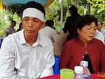 Đám cháy lại bốc lên sau vụ lật xe bồn chở xăng 6 người chết ở Bình Phước-4