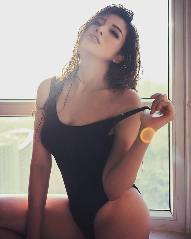 Nàng Hoa hậu bốc lửa: Mang bầu ngập trong tủi hờn, sau sinh tụt 15 cân vì chồng phản bội-2