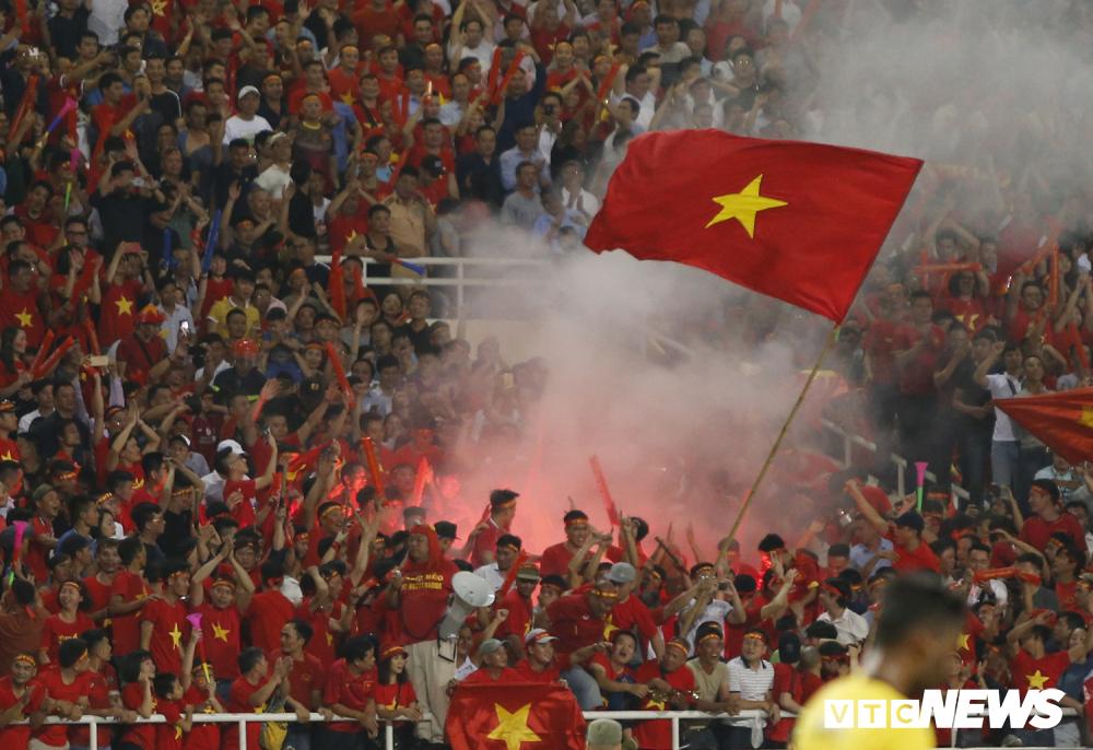 Quang Hải, Bùi Tiến Dũng: Chúng tôi không cần pháo sáng-4