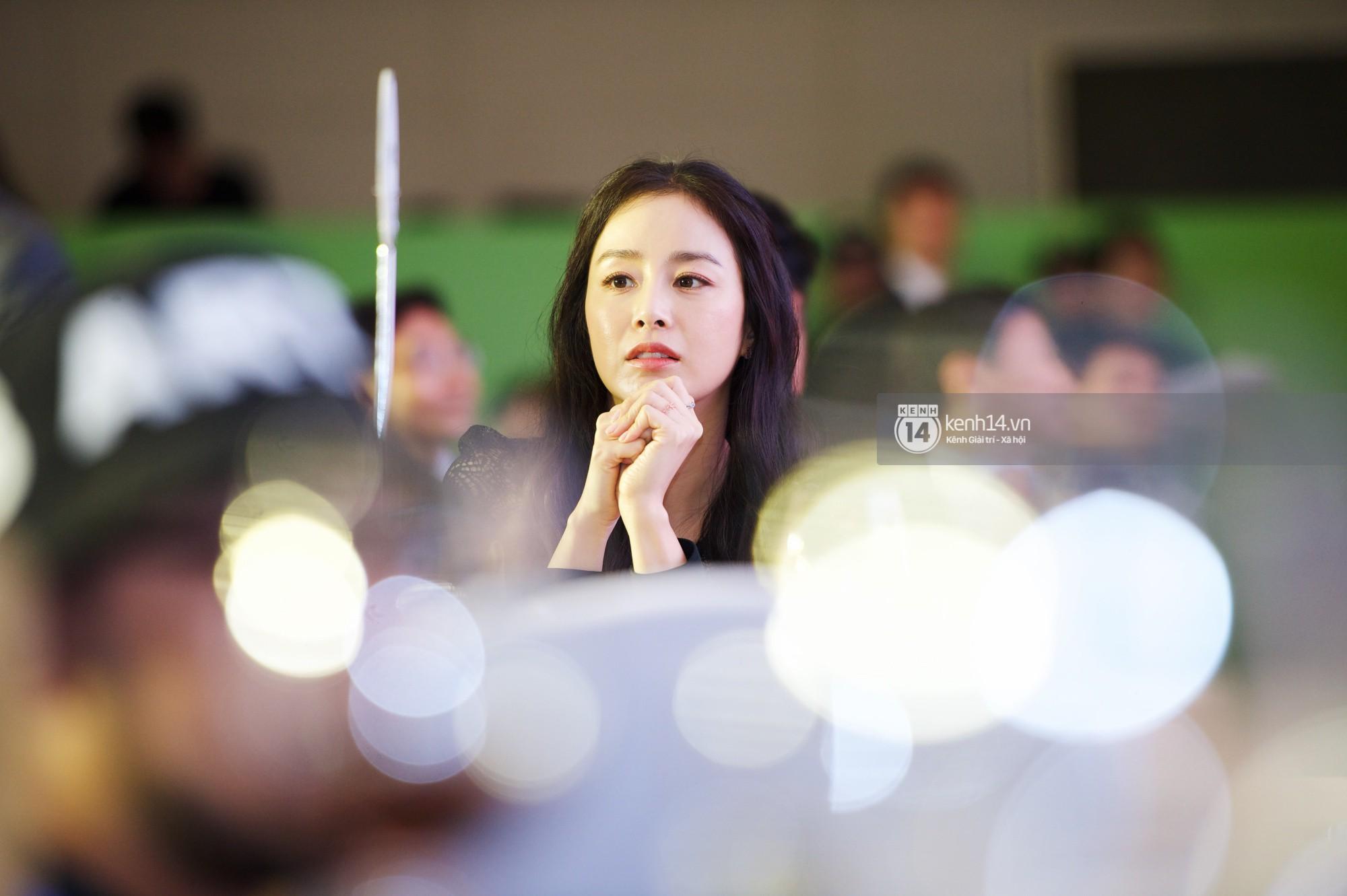 Bộ ảnh đẹp nhất của Kim Tae Hee tại đêm tiệc Hàn ở Hà Nội: Khoảnh khắc minh tinh châu Á hút hồn toàn bộ khán phòng-3