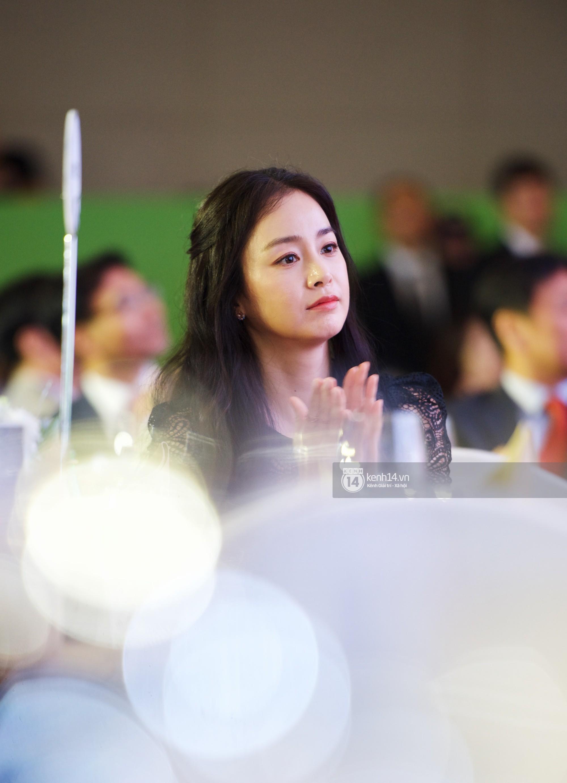 Bộ ảnh đẹp nhất của Kim Tae Hee tại đêm tiệc Hàn ở Hà Nội: Khoảnh khắc minh tinh châu Á hút hồn toàn bộ khán phòng-8