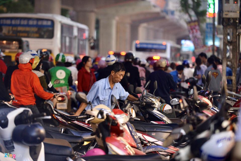 Hà Nội, Sài Gòn ùn tắc trong tối Black Friday-4
