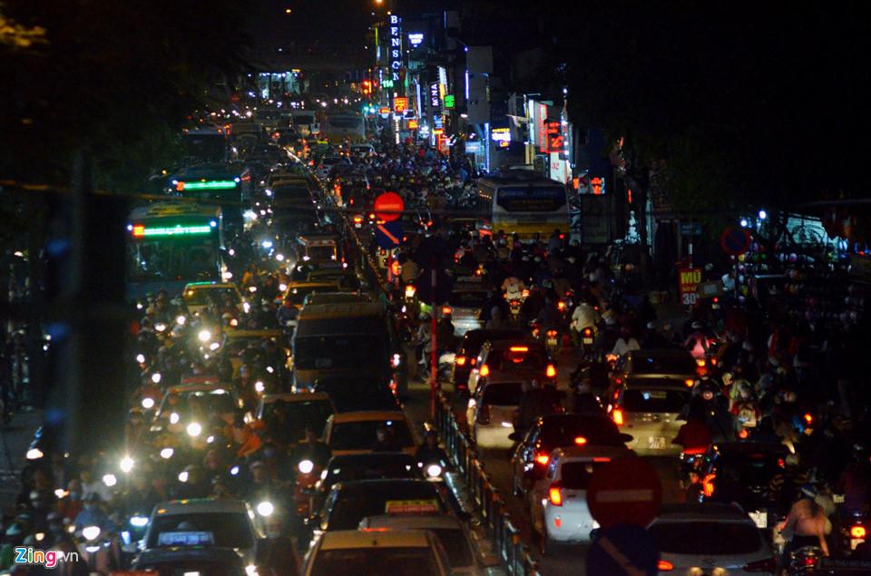 Hà Nội, Sài Gòn ùn tắc trong tối Black Friday-5