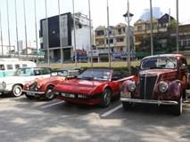 Cận cảnh dàn xe cổ siêu sang từ Hong Kong, Trung Quốc đến Hà Nội