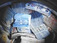 Phát hiện hơn 9 tỷ đồng trong máy giặt ở ngôi nhà bỏ hoang
