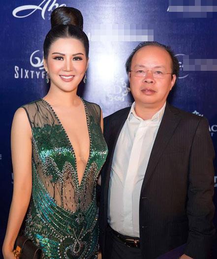 Thân thế ít biết của ca sĩ Đinh Hiền Anh - người vừa kết hôn với Thứ trưởng Bộ Tài chính-2