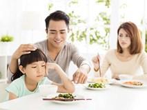 Việc nên và không nên làm với con khi ăn uống, tưởng đơn giản nhưng không phải ai cũng biết