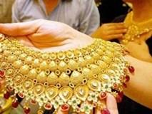 Giá vàng hôm nay 28/11: Chờ quyết định lớn, sự nguy hiểm của vàng