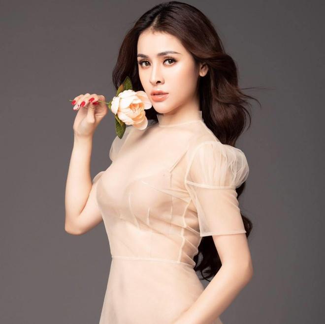 Á hậu Thư Dung mở lại trang cá nhân sau gần 3 tháng khóa vì nghi án bán dâm-1