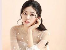 Hot: Hé lộ váy cưới đẹp như mơ của Á hậu Thanh Tú với CEO điển trai hơn 16 tuổi